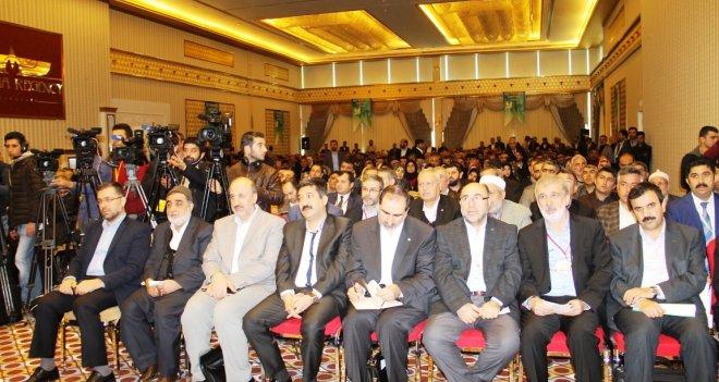 """""""Kürt Meselesine İslami Çözüm"""" Çalıştayı Başladı"""