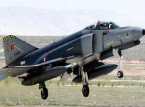 F-4'ler 2020'ye Kadar Kalacak