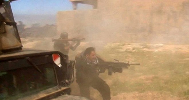 İŞİD, Tikrit'te Irak Ordusuna Karşı Klorin Gazı Kullandı