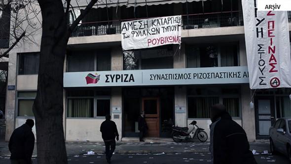 SYRIZA'nın Bürolarına Kundaklama