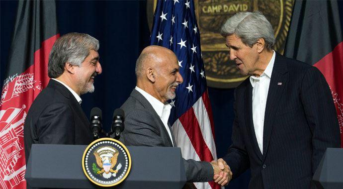 John Kerry, Eşref Gani ile Görüştü