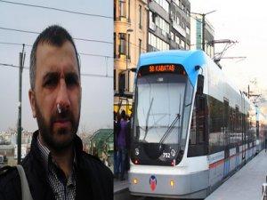 Tramvayda Uygunsuz Davranışı Uyardı Ama...