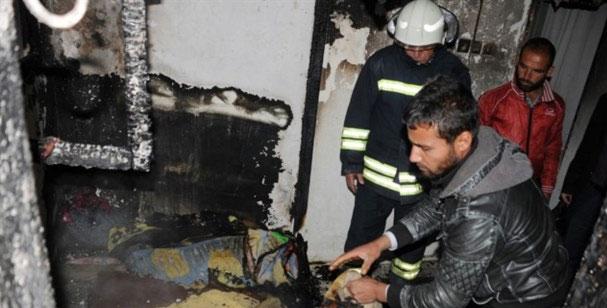 Suriyeli AileninKaldığı Ev Yandı