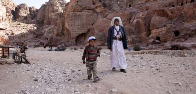 Ürdün, Suriye ile Sınırını Kapattı