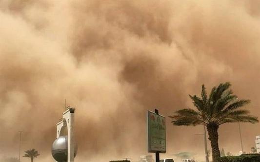 Yemen'de Sivilleri Katleden Körfez Ülkelerinde Kum Fırtınası