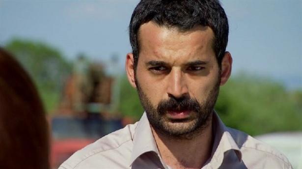 STV'nin Dizi Oyuncusu Babasını Öldürdü