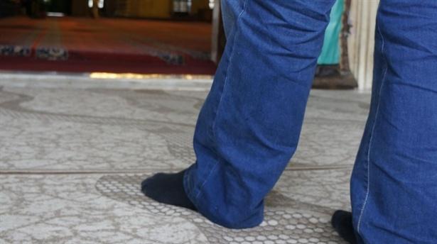 Selimiye Camisi'ne çorapsız girilemeyecek