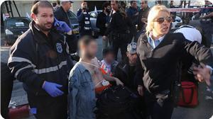 2 İsrail Askeri Bıçaklandı