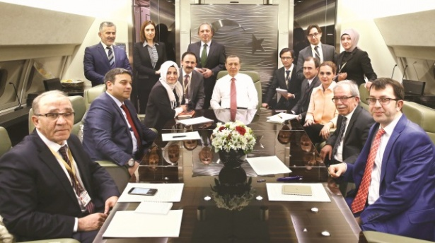 Erdoğan Tahran Dönüşünde Gazetecilere Ne Dedi ?