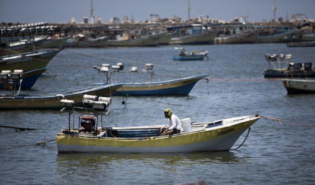 Siyonistler Gazzeli Balıkçılara Saldırdı