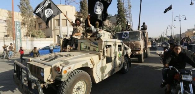 İŞİD Libya'da Üs Kurdu