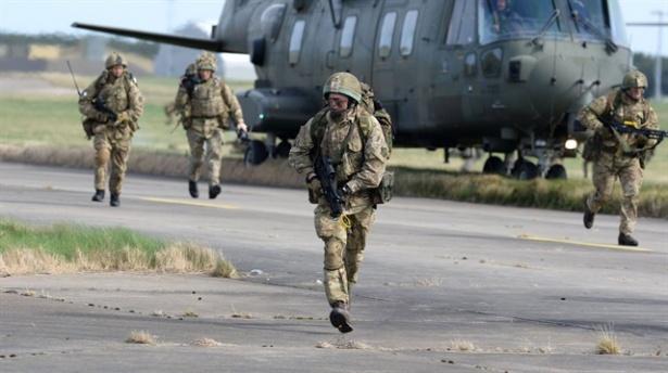 300 Amerikan Askeri Ukrayna'ya Giriş Yaptı