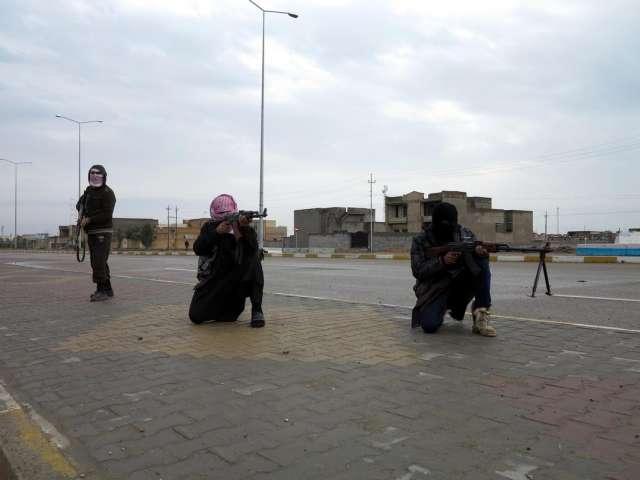 Iraklı Sünniler Türkiye'den IŞİD'e Karşı Silah İstiyor