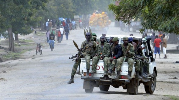 Ugandalı ayrılıkçılar şehri kan gölüne çevirdi
