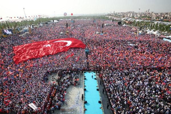 AK Parti Maltepe mitinginde kaç kişi vardı?