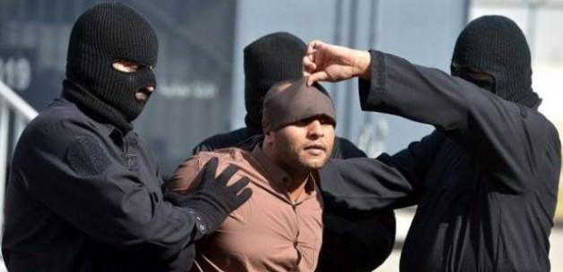Suudi Arabistan 8 Cellat Arıyor
