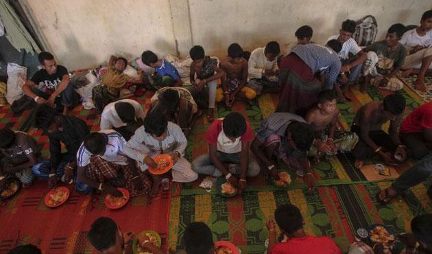Endonezya ve MalezyalıBakanlar Myanmar'a Gidiyor