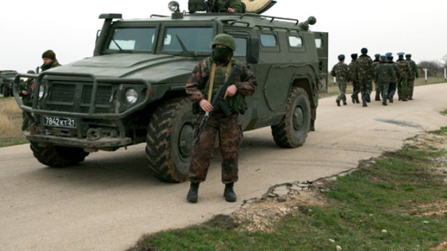Rusya'dan Askeri Üs Hamlesi