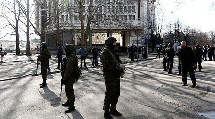 Kırım Tatar Bayrağı İndirildi