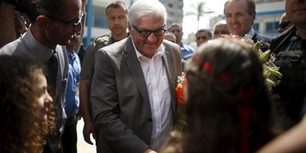 Alman Dışişleri Bakanı Atina'ya Gidiyor