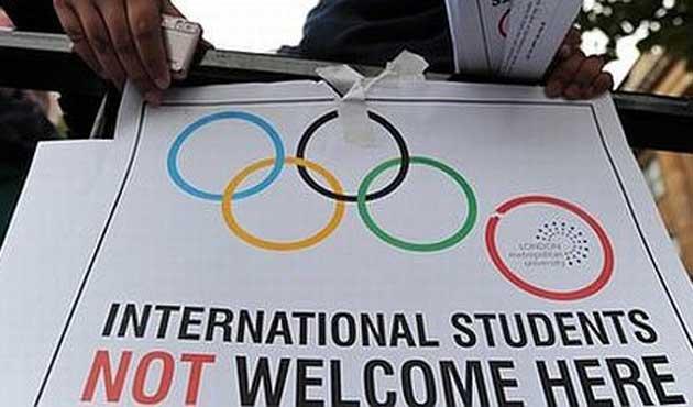 İngiltereli Öğrencilerden İsrail'e Boykot Çağrısı
