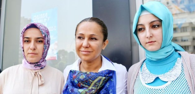 """""""Başörtülü 2 Partilimize CHP'liler Saldırdı"""""""