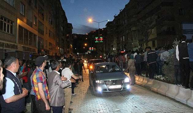 HDP seçim kutlamalarında 10 kişiYaralandı