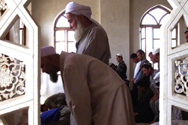 Müslümanların Namaz İbadetine Engel