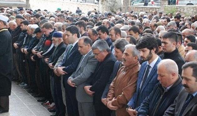 Öldürülen Uygurlar için Gıyabi Cenaze Namazları