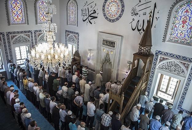 Engellenmek istenen Cami Açıldı