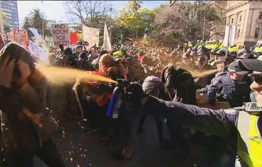 Avurstralya'da İslamofobik Yürüyüşe İzin Verilmedi