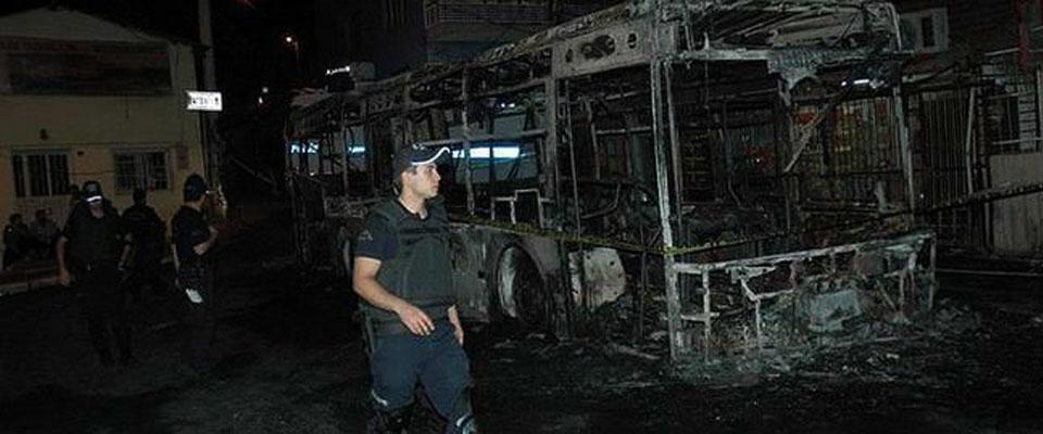 Otobüse Molotoflu Saldırı
