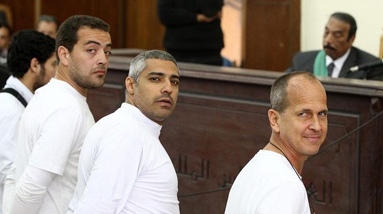 Al Jazeera Gazetecilerinin Davası Ertelendi