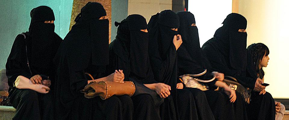 Suudi Kadınlar Artık Oy Kullanabilecek