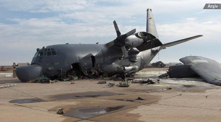 Afganistan'da  Askeri Uçak Düştü