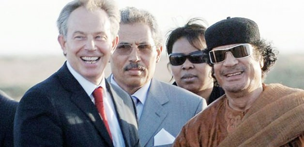 Blair, Kaddafi'ye 'Kaç' Demiş!