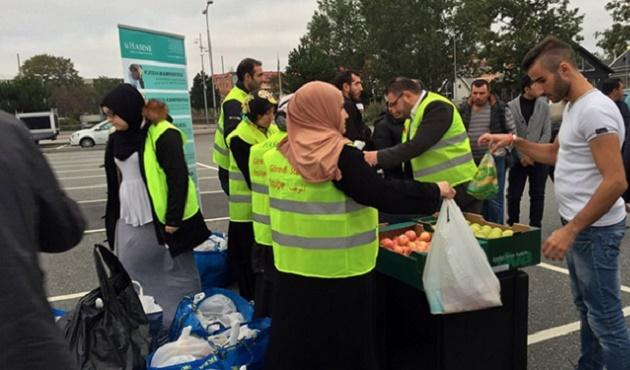 İsveç'te Sığınmacılara Yardım Eli