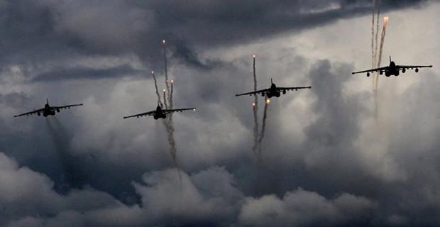 Rus Jetlerinden ilk Grup Suriye'den Ayrıldı