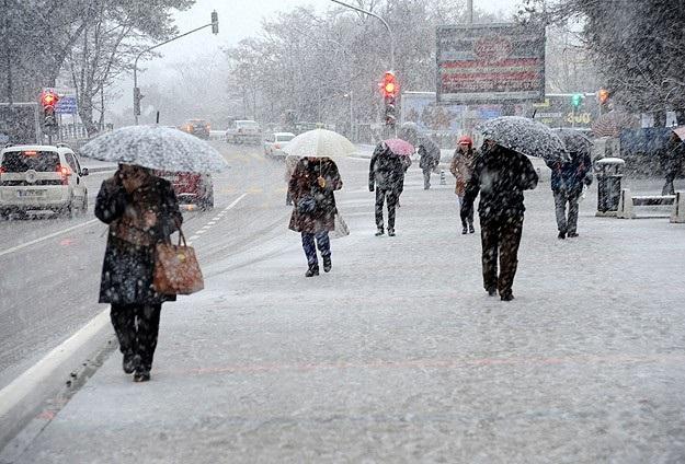 Sıcaklıklar 6 Derece Düşüyor, Kar Bekleniyor