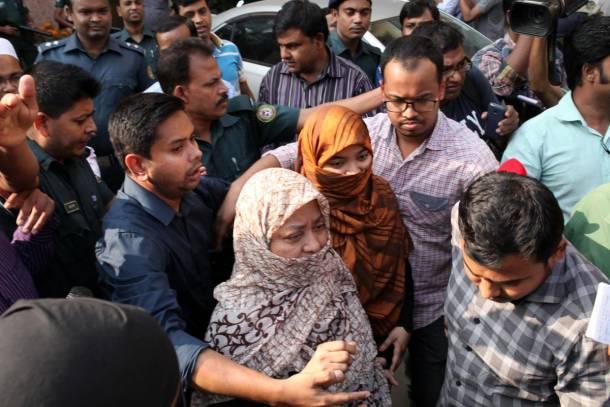 Bangaldeş'de  Çok Sayıda Gözaltı