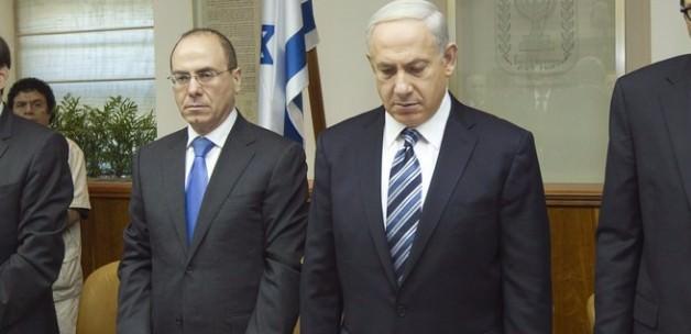 İsrail'de ortalık Karıştı, Bakan İstifa Etti