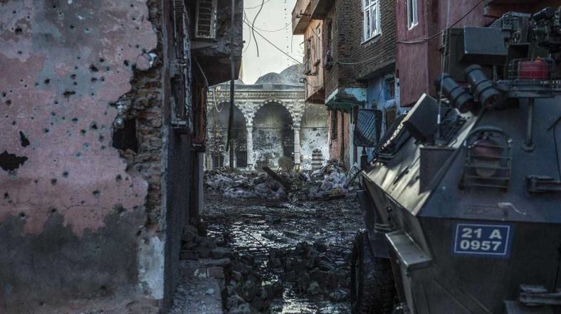 Sur'da Bombalı Saldırı bir Asker  Hayatını Kaybetti