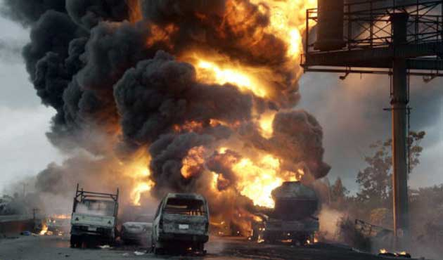 Mısır'da Polis Konvoyuna Saldırı