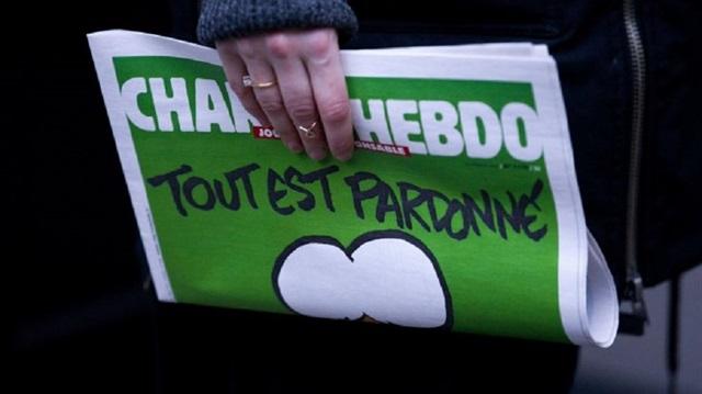 Charlie Hebdo'dan İğrenç Karikatür