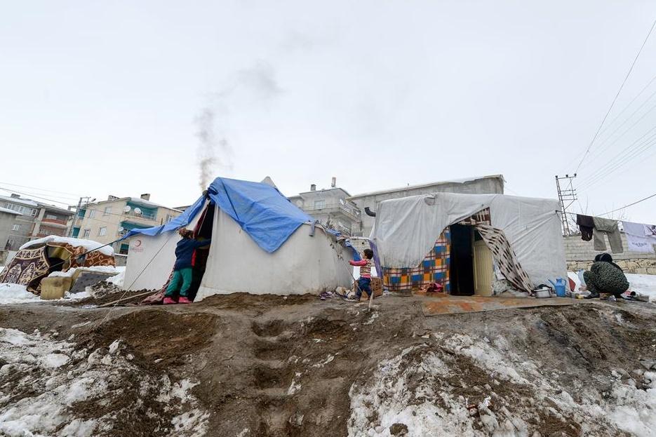 """Suriyeli Mültecilerin """"Kış Çilesi"""" Sürüyor!"""