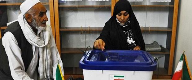 İran Meclis-i Hobregan Seçimine 15 Sünni Alim Aday Oldu