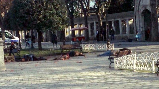 Patlamada Yaralanan Turist: Canlı Bomba ile Göz Göze Geldim