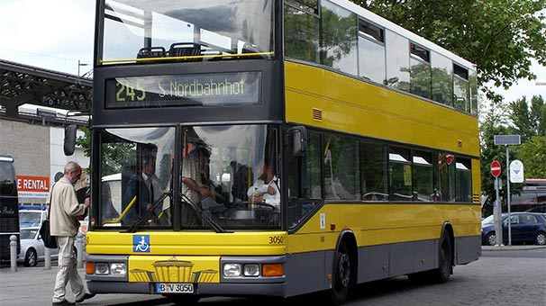 Almanya'da Haremlik-Selamlık Tartışması