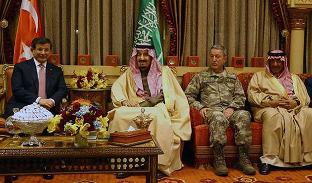Bir ilk; G.Kurmay Başkanı da Suudi Arabistan'da