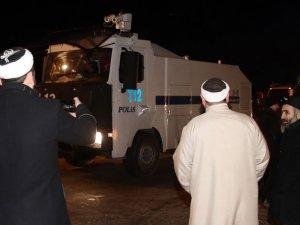 İsmailağa Cemaati ile Polis Arasında Gerginlik